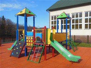Budowa placu zabaw w ramach programu